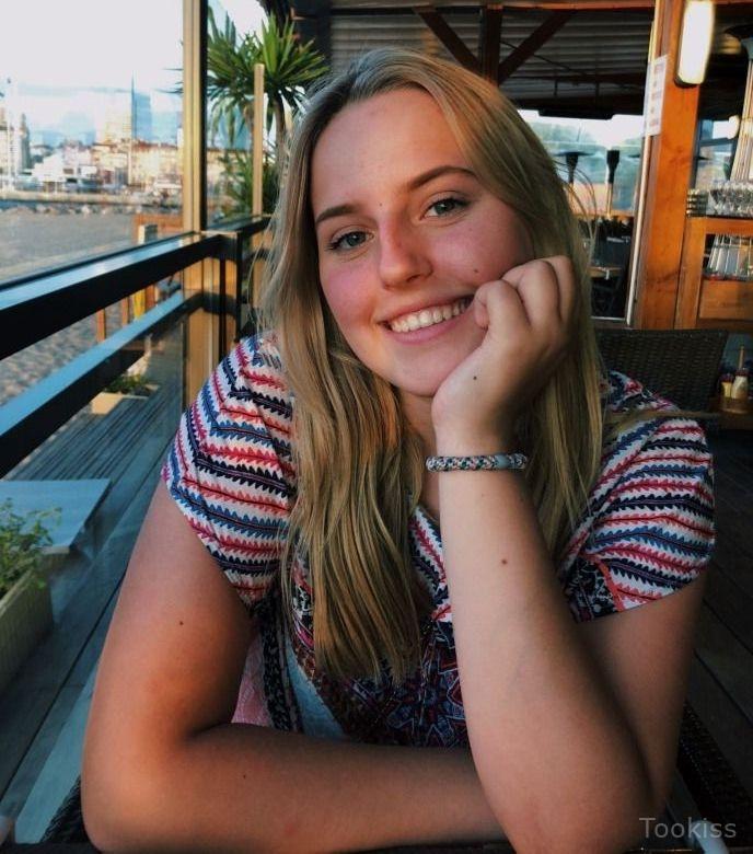 Augusta_spicy – Außergewöhnliches Baby Dana wird gründlich gefickt