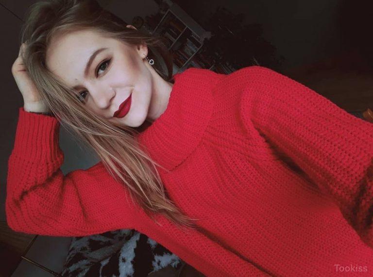 DiDiane – Charmante russische floozy Laura C. erlebt Backside Fick