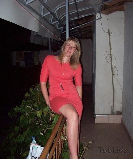 frieddda – Der süße Blödmann Alice Green wohnt beim Saugen