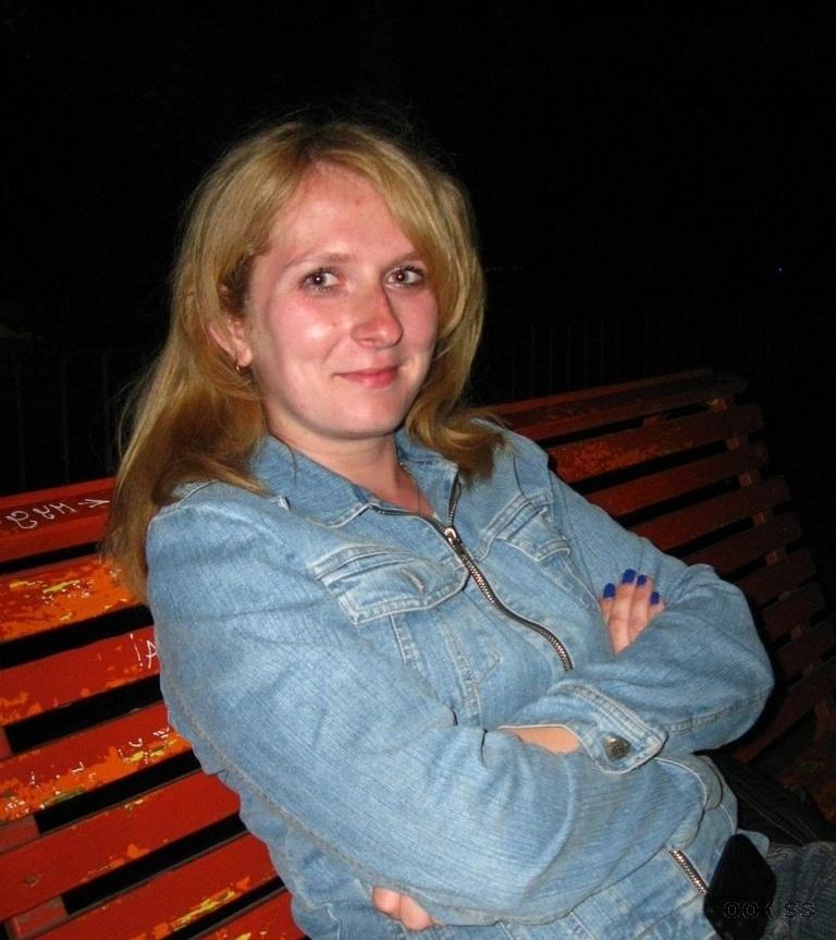 klarina – Teen Dreier für Geld zum ersten Mal Local Working Girl