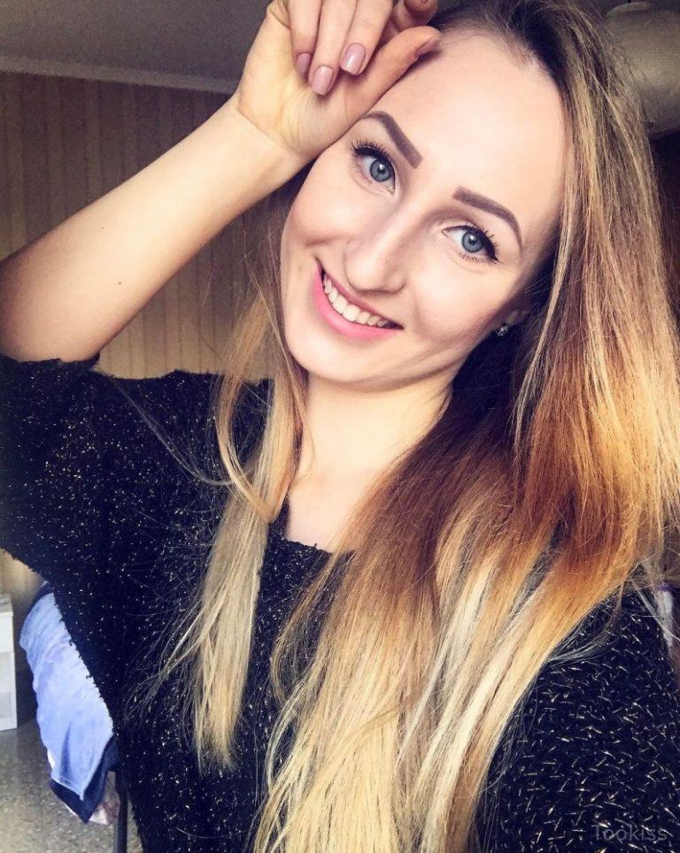 ZaraBlond – Latex BDSM Stephanie West in Ich bin jetzt deine Muschi
