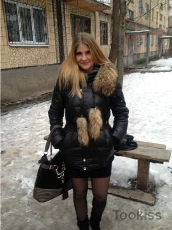 Jaclyn – Rauer russischer Anal-Gangbang gibt ihr etwas zum Wickeln