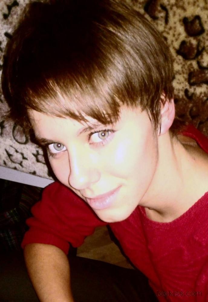Jacquelinee – Pinkes Mädchen wird von Swingern gefickt