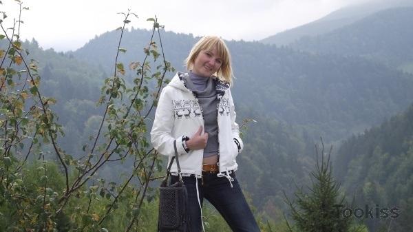 lucyLIZIE – Herbstwälder geknebelt, wenn ein Fremder anruft