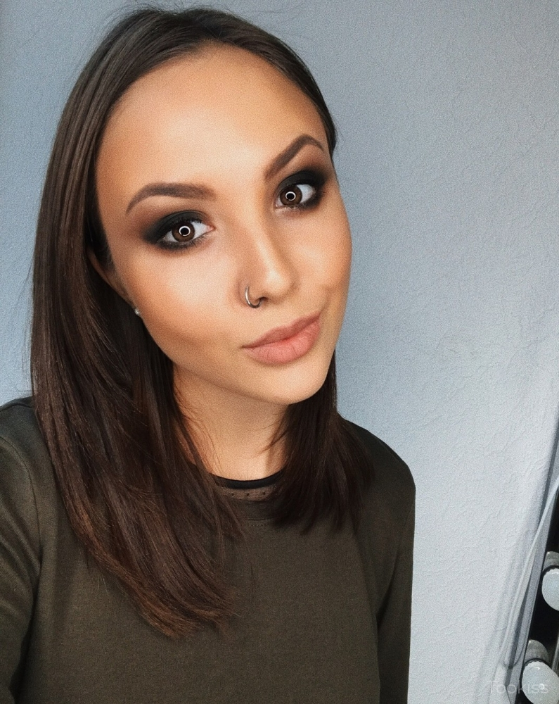 MayaSexy – Frisky russian girl Song springt auf harte Stange