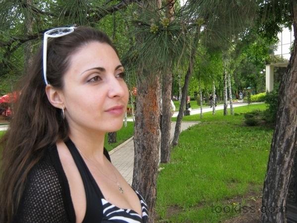 YulinaKeksik – Butterface mit perfekten Titten draußen gefickt
