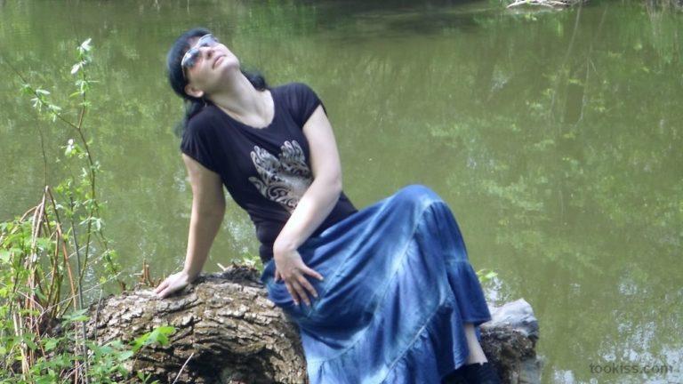 Meike_ – Schlankes Jim-Reiten macht appetitliches süßes Sperma