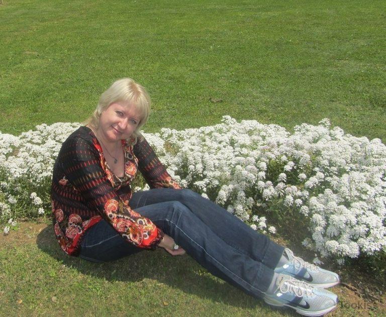 Ethel – Mutter hilft Sohn bei MomCams net