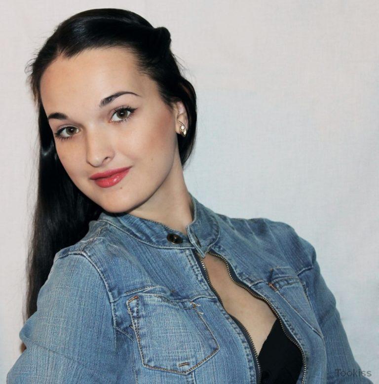 Lara_suesse – Wunderschöner russischer Codi wird vor Freude gerammt