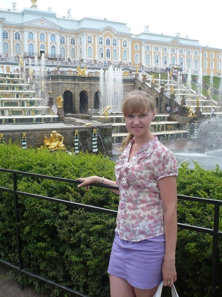 Sabina_23 – Die Tochter des Kunden gibt Papa Blowjob The Sibling Study