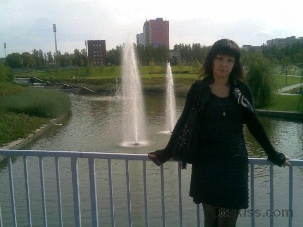 Tarja_V – Spielen und Fingern im Freien Loch