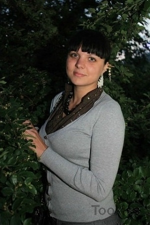 Sonyya – Fat Teen und Skinny Teen fickt deutschen Amateur Dreier