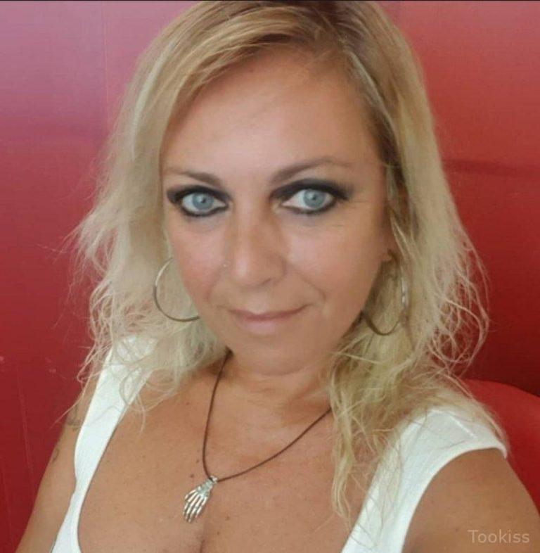 Buttercreme54 – Frische Freundin Camile von Monster Schlong gefickt