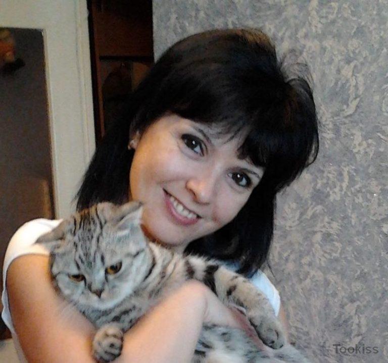 baby_sammi – Prurient Brünette Tanya fickt in vielen Posen