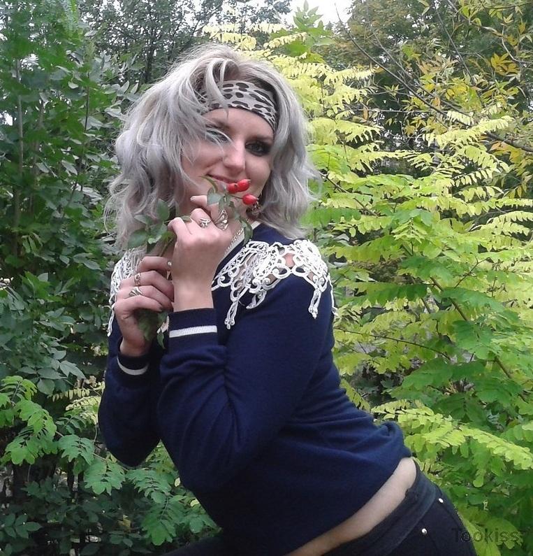 Lindab – Teen bläst Lehrerin Stephanie West in Im Your Pussy Now