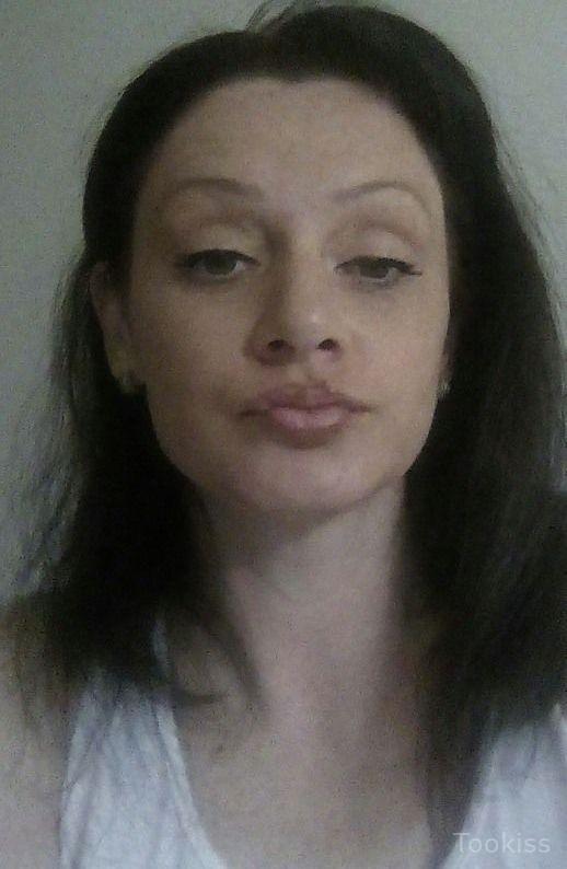 Kamila_La – Entzückender rothaariger Teenager The Shop And Swap