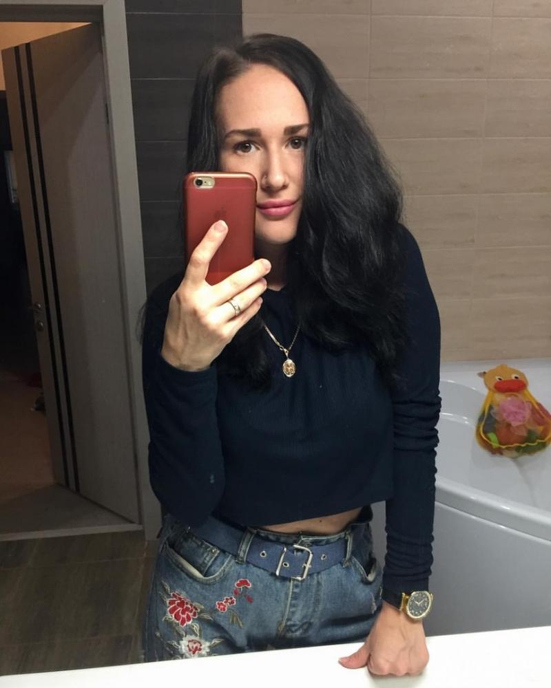 Cutey_Manja – Perfekter POV Deep Throat und Pussy Fick mit frechen Teen