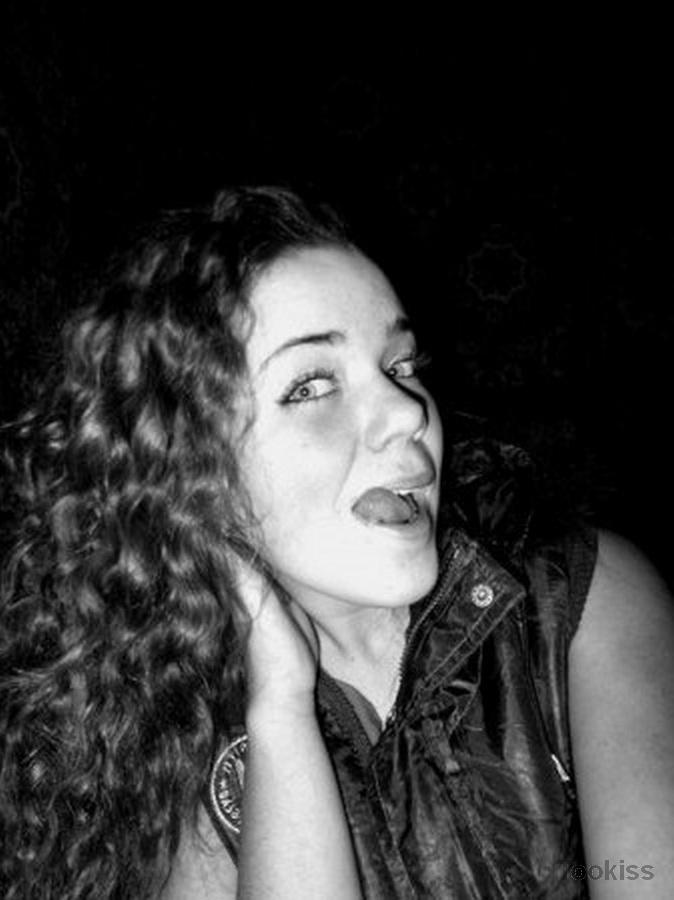 Herminia – Zum ersten Mal im Freien Orgie für Mama