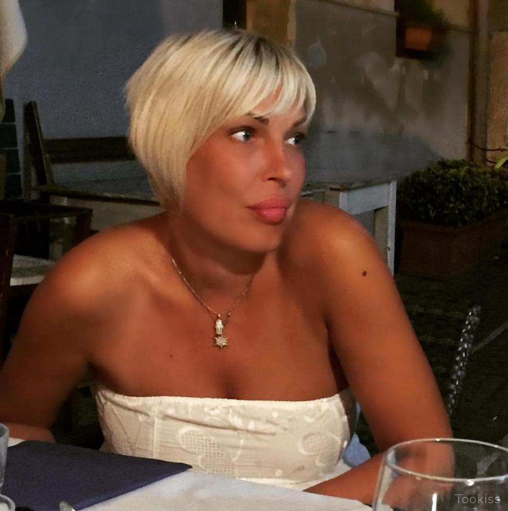 SlImShAdYnE – Haarige Oma Solo Orgasmus xxx Haarige Kim und glatt rasiert