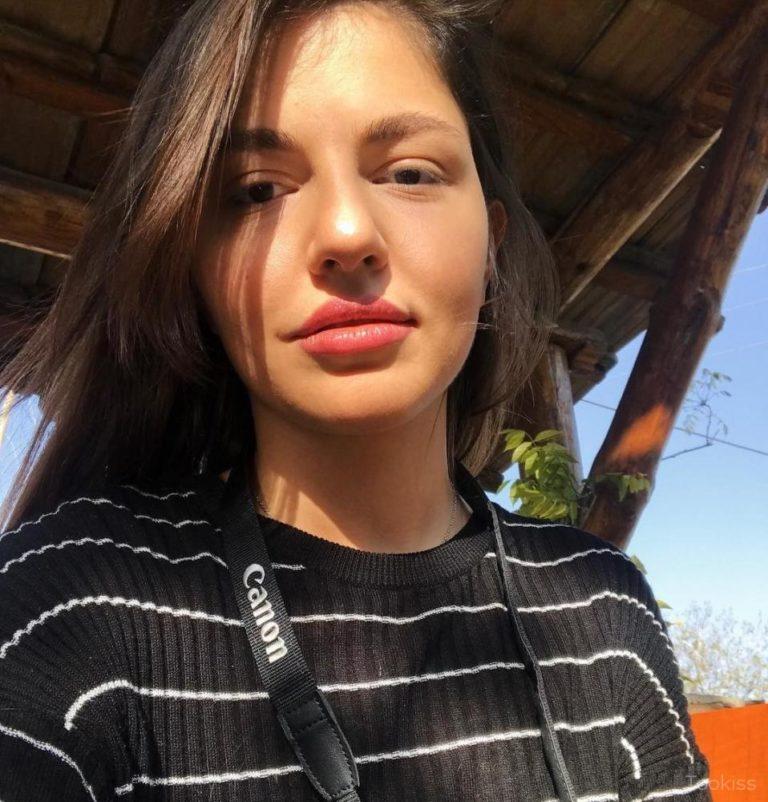 SusseHelene – Teen Babydoll bekommt ihren Arsch gefickt